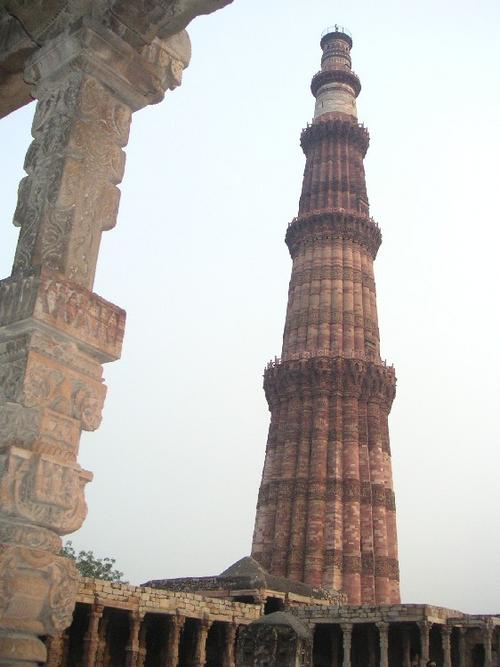 Qutb_minar3_22_oct_2003_1