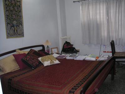 apt_my_room_7_feb_04.jpg