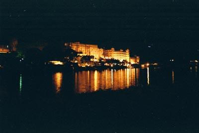 city_palace_at_night.jpg