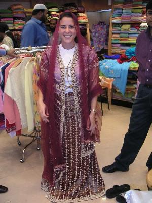 e_in_gujarati_outfit_17_nov.JPG