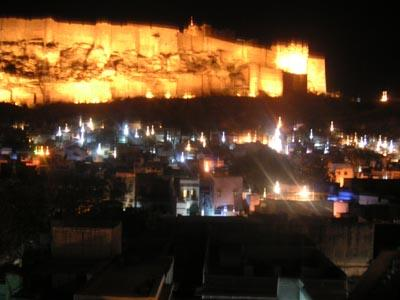 fort_at_night_29_feb.jpg