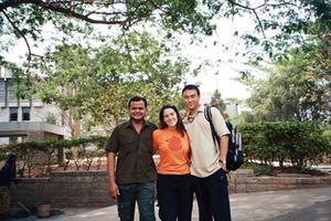 e_with_vivek_and_sonam_24_mar