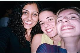 roomies_close_up_at_swethas_16_apr