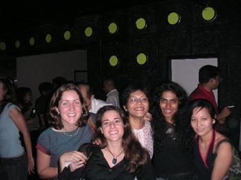 the_girls_at_spin_7_nov.JPG